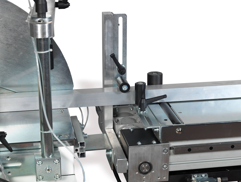 GEAM Marlin CNC 550 Loading Table Detail