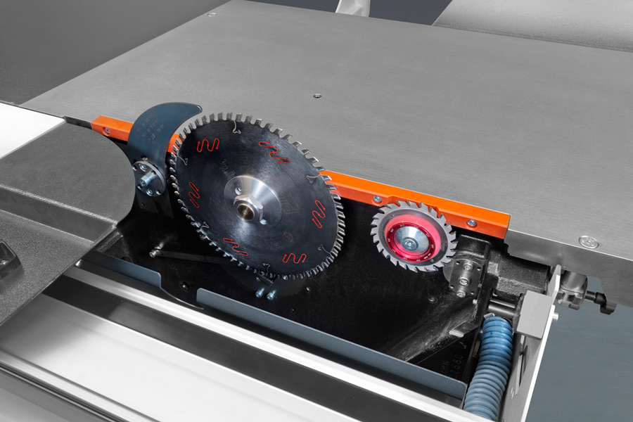 Robland Z500 Sawblade with Scoring Blade