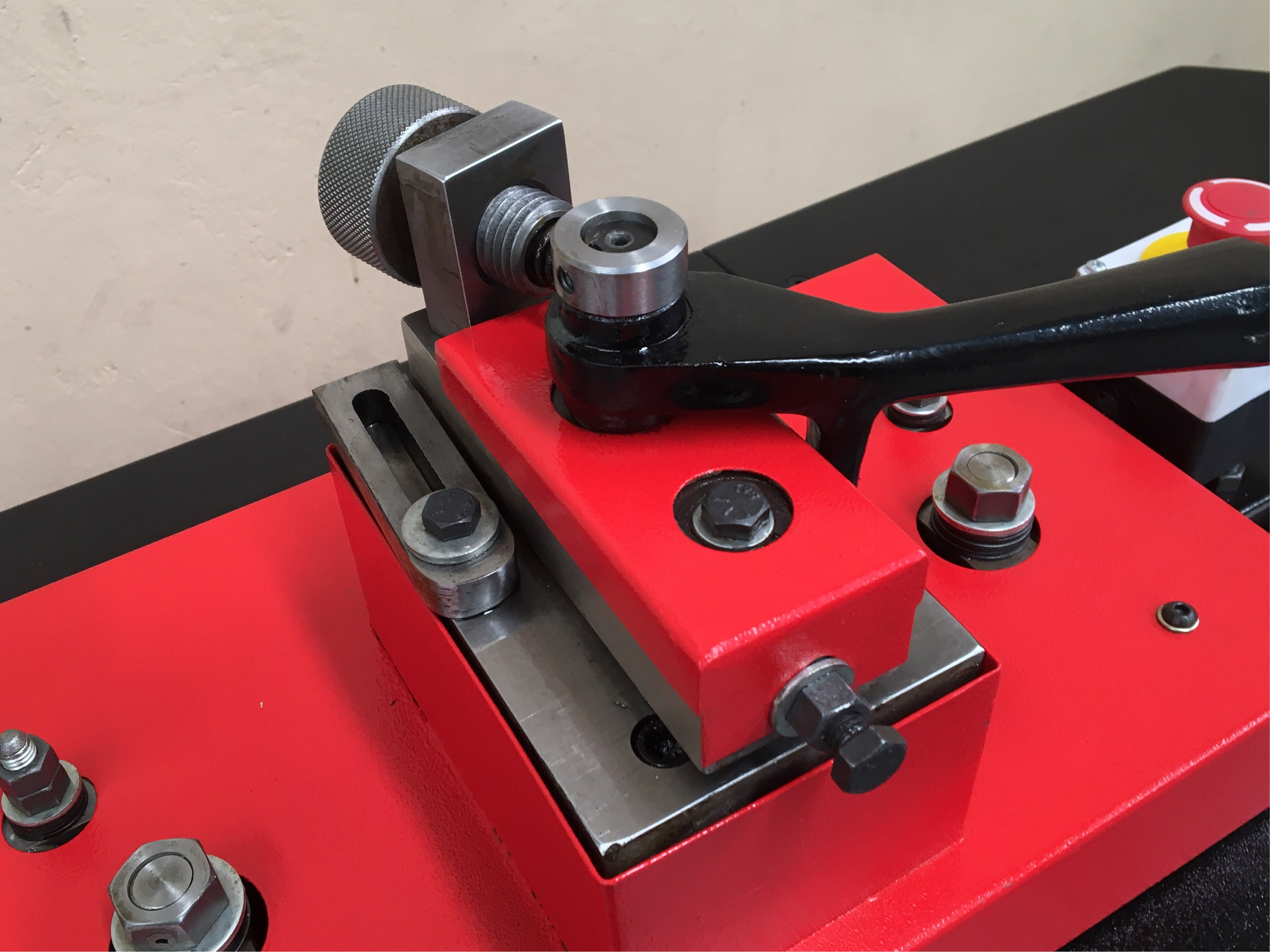 WNS RF20-FA/DS Lockseamer Detail